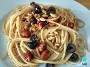 img_espaguetis_con_frutos_secos_59570_600